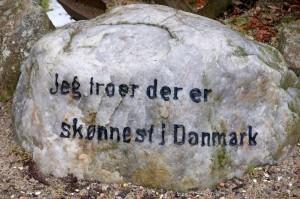 Sten ved Hotel Julsø